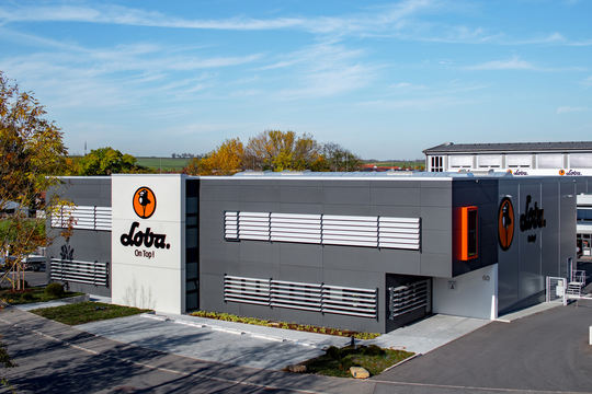 Loba Ditzingen loba gmbh & co. kg, highlights 2018 - boden wand decke